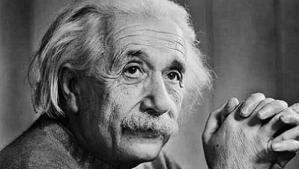 Um pouco mais sobre Einstein - 2